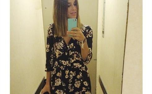 Foto lady lopez selfie allo specchio - Lo specchio di selfie ...