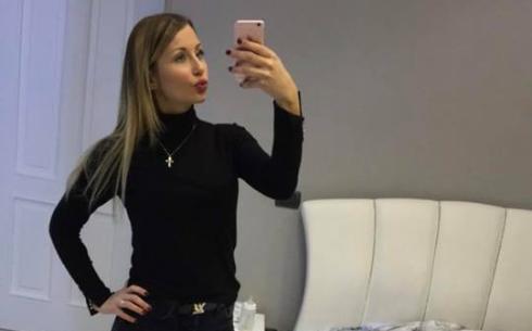 Lady sepe annalaura selfie allo specchio - Lo specchio di selfie ...